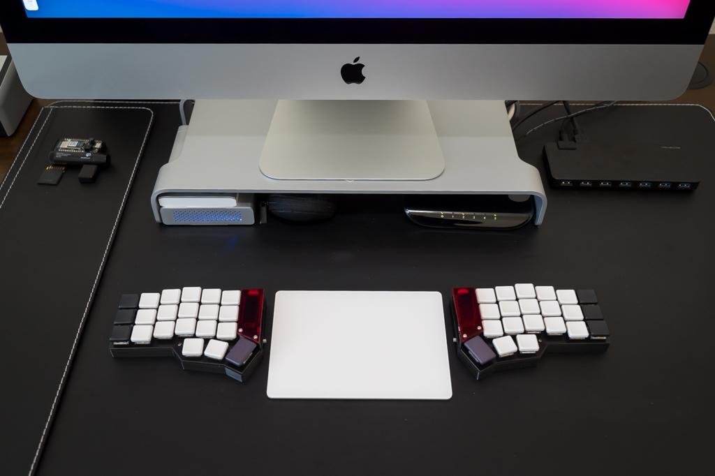 Wireless split mechanical keyboard